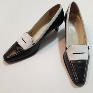 Tods black and white leather kitten heels